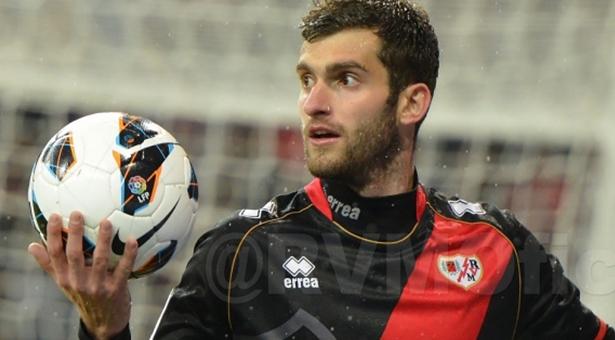 Rayo y Atleti hacen oficial el traspaso de Léo Baptistao