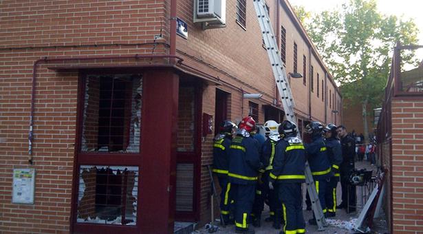 Una explosión en una vivienda de Entrevías deja seis heridos leves