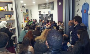 Reunión de los inquilinos afectados en la A.V. Pau del Ensanche de Vallecas