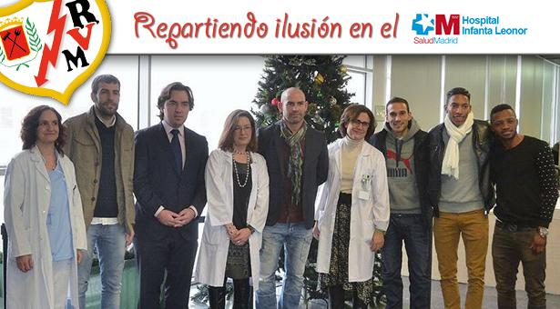 El Rayo Vallecano visita a los niños ingresados en el Hospital Universitario Infanta Leonor