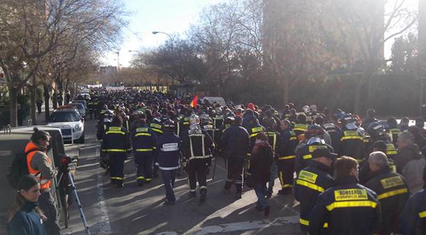 Manifestación del colectivo de Bomberos de Madrid