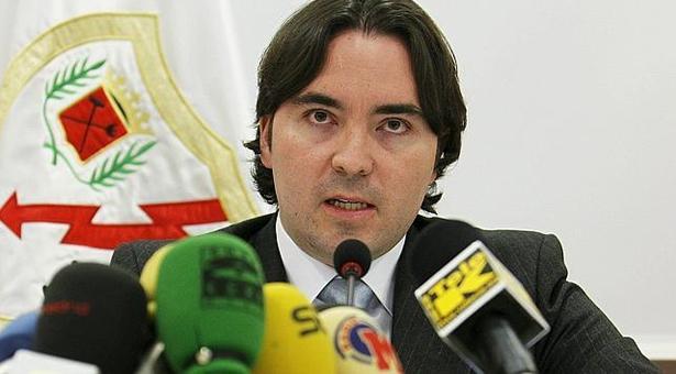 CCOO y los trabajadores de varias empresas de Arganda acusan al presidente del Rayo Martín Presa por impagos