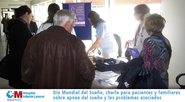 Charla y mesa informativa sobre la apnea en el Hospital Infanta Leonor