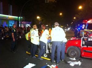 Foto del Samur atendiendo a uno de los heridos