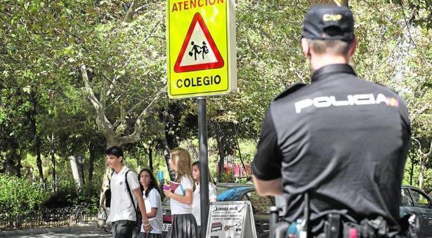 Intento de rapto de una menor en un centro escolar de Puente de Vallecas
