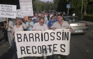 Manifestación de vecinos de Santa Eugenia exigiendo el mantenimiento del arbolado al Ayuntamiento