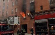 Ocho intoxicados leves en un incendio en Vallecas