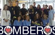 'Bomberos ayudan' visitan a los niños ingresados en el Hospital Infanta Leonor