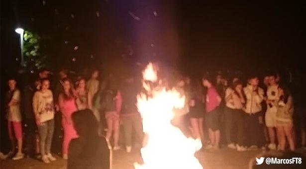 Un joven resulta herido por quemaduras en la celebración de las hogueras de San Juan en Vallecas