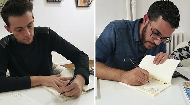 Escritor e Ilustrador firmando dedicando los libros a sus mecenas