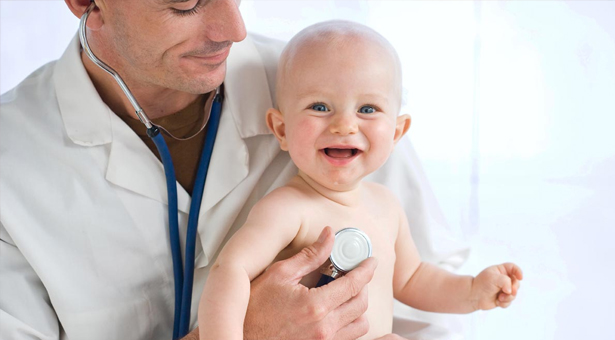 El Hospital Infanta Leonor inicia un programa piloto de citación precoz para recién nacidos