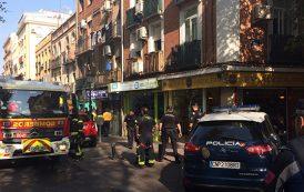 Dos heridos graves como consecuencia de un incendio en un inmueble de la calle Peña Gorbea