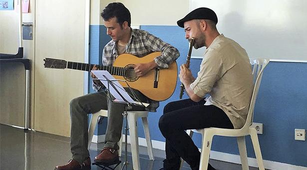 Música en directo para los pacientes de Psiquiatría del Hospital Infanta Leonor