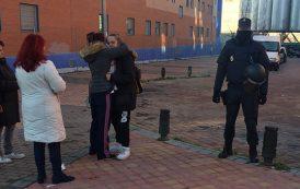 Una madre y sus dos hijos menores de edad han sido desahuciados en el Ensanche de Vallecas
