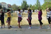 El Hospital Infanta Leonor estudia los beneficios del tiro con arco en pacientes operadas de cáncer de mama